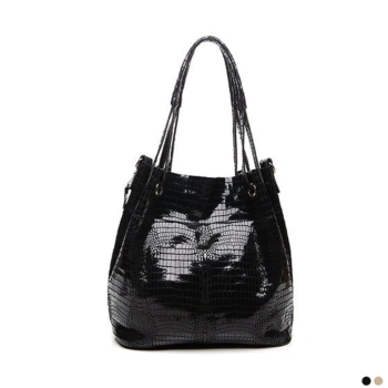 Best tote bag made of natural leather with snake pattern 2020.